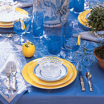 blue-yellow-table-setting-l.jpg
