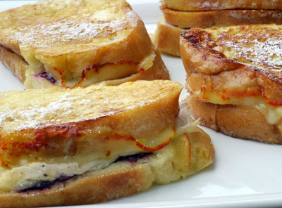 Leftover-Turkey-Cranberry-Monte-Cristo-Sandwiches