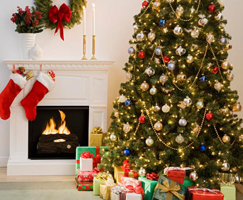 christmas-tree-decorations-decorative-living