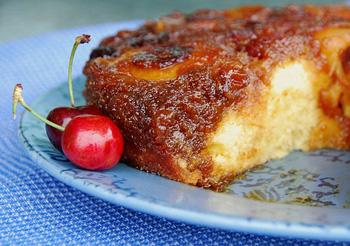 cherrypeachcake